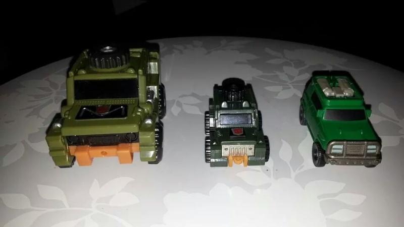 Collection Transformers de sylv1  (AOE, CHUG, TF PRIME, BH, MP, LABELS INDÉS ET G1.. ) Img_1223