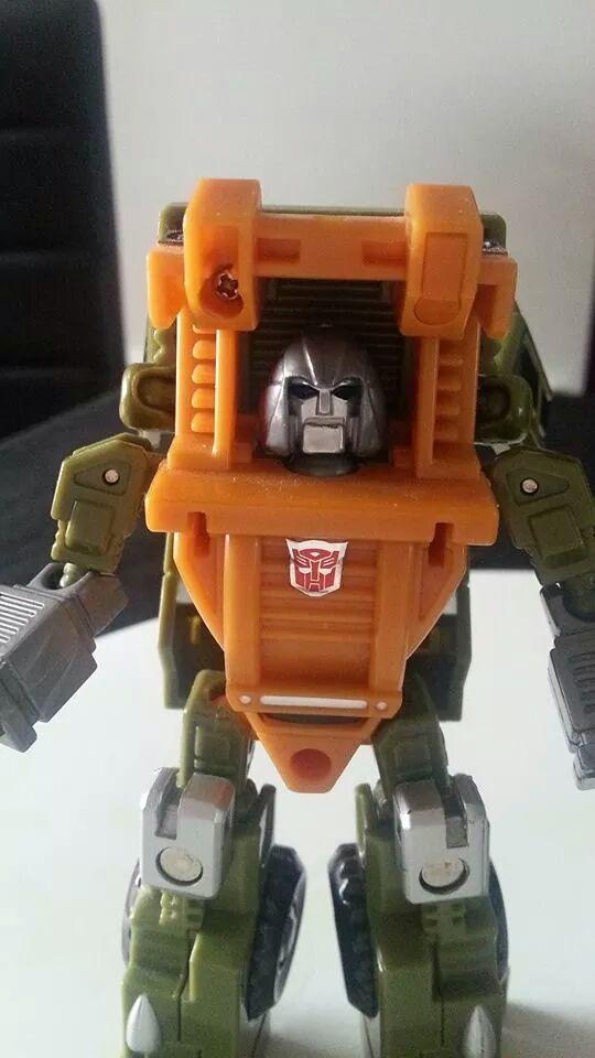 Collection Transformers de sylv1  (AOE, CHUG, TF PRIME, BH, MP, LABELS INDÉS ET G1.. ) Img_1227