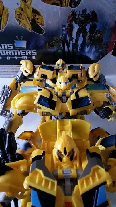 Collection Transformers de sylv1  (AOE, CHUG, TF PRIME, BH, MP, LABELS INDÉS ET G1.. ) Img_1251