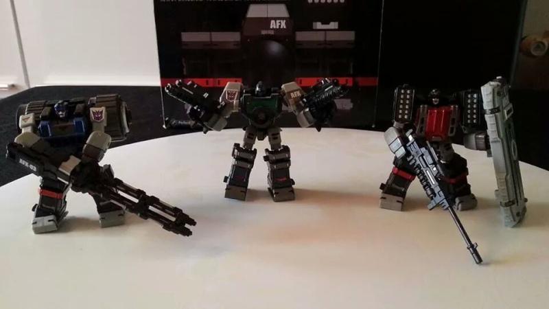 Collection Transformers de sylv1  (AOE, CHUG, TF PRIME, BH, MP, LABELS INDÉS ET G1.. ) Img_1254