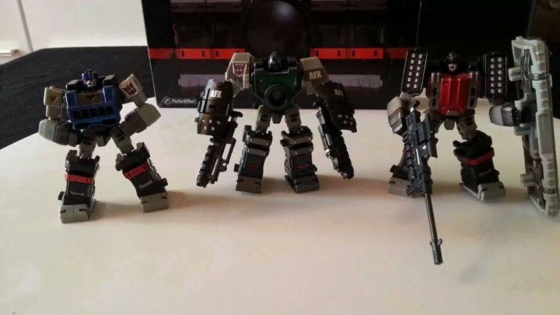 Collection Transformers de sylv1  (AOE, CHUG, TF PRIME, BH, MP, LABELS INDÉS ET G1.. ) Img_1255