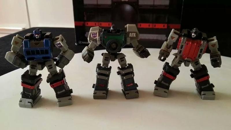 Collection Transformers de sylv1  (AOE, CHUG, TF PRIME, BH, MP, LABELS INDÉS ET G1.. ) Img_1257