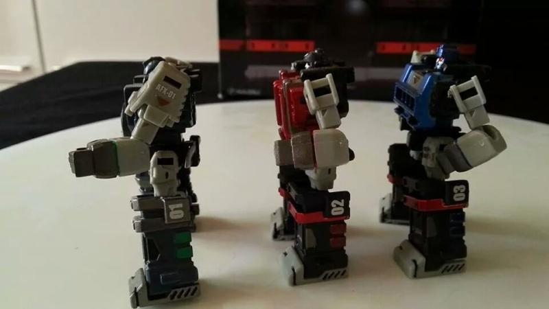 Collection Transformers de sylv1  (AOE, CHUG, TF PRIME, BH, MP, LABELS INDÉS ET G1.. ) Img_1261