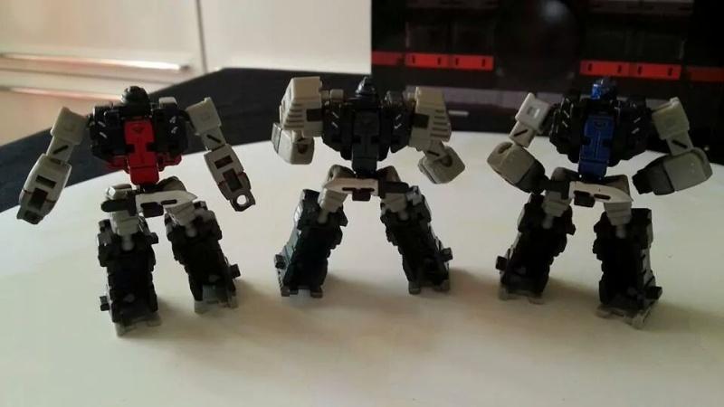 Collection Transformers de sylv1  (AOE, CHUG, TF PRIME, BH, MP, LABELS INDÉS ET G1.. ) Img_1262