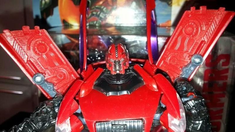 Collection Transformers de sylv1  (AOE, CHUG, TF PRIME, BH, MP, LABELS INDÉS ET G1.. ) Img_1283