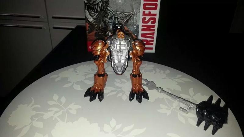 Collection Transformers de sylv1  (AOE, CHUG, TF PRIME, BH, MP, LABELS INDÉS ET G1.. ) Img_1284