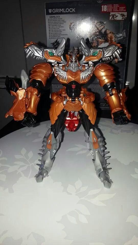 Collection Transformers de sylv1  (AOE, CHUG, TF PRIME, BH, MP, LABELS INDÉS ET G1.. ) Img_1290