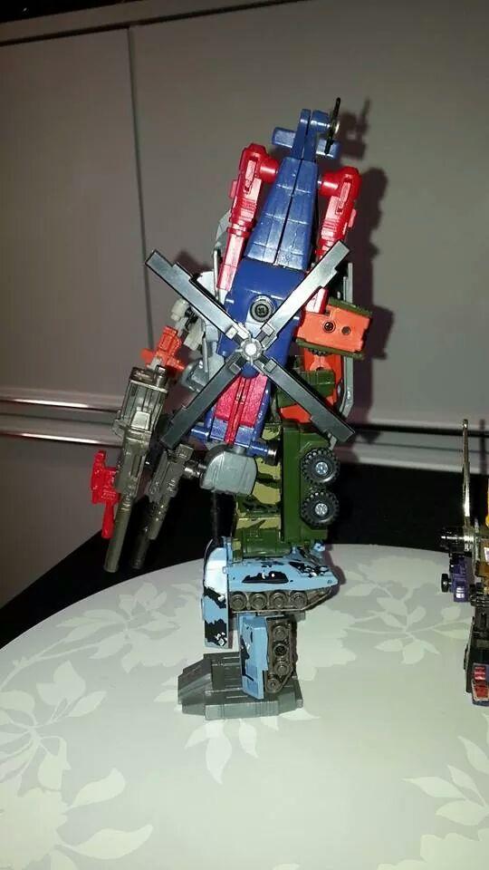 Collection Transformers de sylv1  (AOE, CHUG, TF PRIME, BH, MP, LABELS INDÉS ET G1.. ) Img_1340
