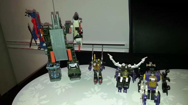 Collection Transformers de sylv1  (AOE, CHUG, TF PRIME, BH, MP, LABELS INDÉS ET G1.. ) Img_1341