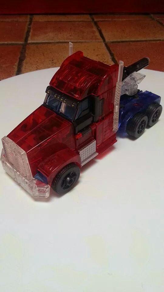 Collection Transformers de sylv1  (AOE, CHUG, TF PRIME, BH, MP, LABELS INDÉS ET G1.. ) Img_1343