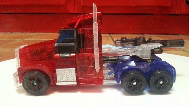 Collection Transformers de sylv1  (AOE, CHUG, TF PRIME, BH, MP, LABELS INDÉS ET G1.. ) Img_1344