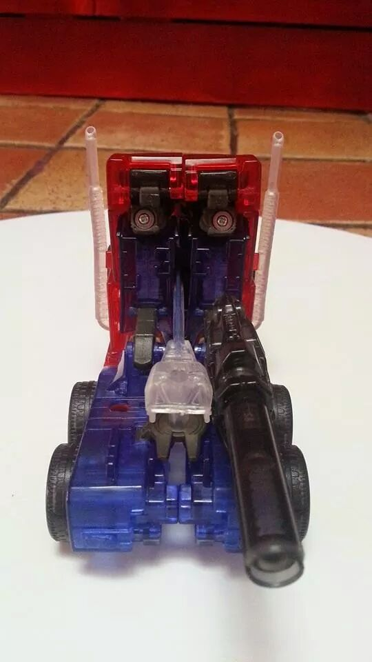 Collection Transformers de sylv1  (AOE, CHUG, TF PRIME, BH, MP, LABELS INDÉS ET G1.. ) Img_1345
