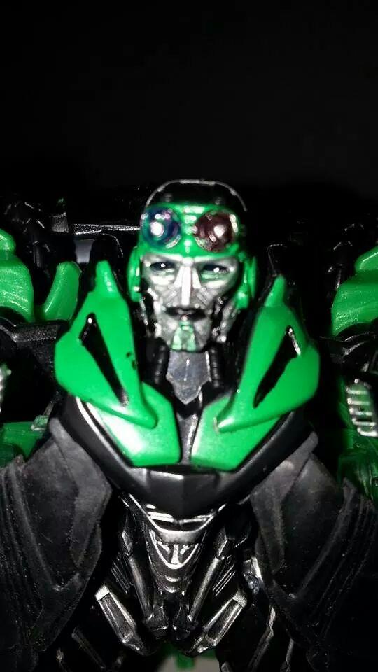 Collection Transformers de sylv1  (AOE, CHUG, TF PRIME, BH, MP, LABELS INDÉS ET G1.. ) Img_1358