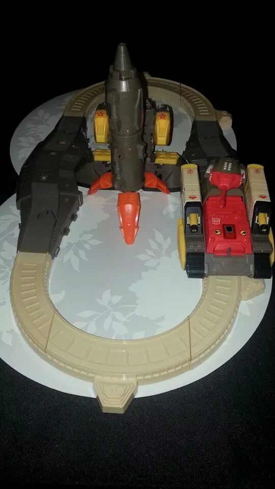Collection Transformers de sylv1  (AOE, CHUG, TF PRIME, BH, MP, LABELS INDÉS ET G1.. ) Img_1430