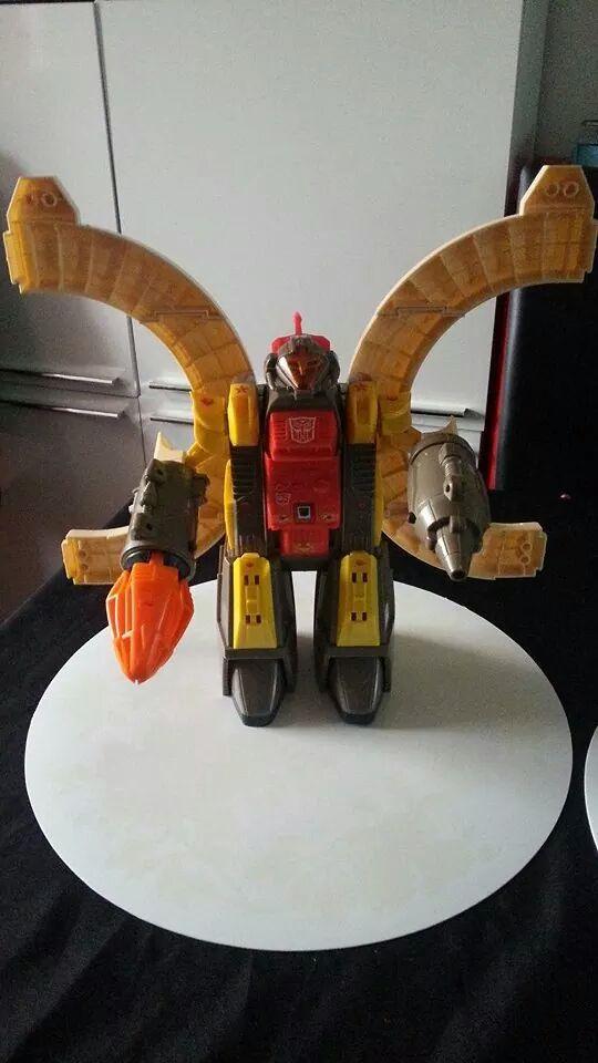 Collection Transformers de sylv1  (AOE, CHUG, TF PRIME, BH, MP, LABELS INDÉS ET G1.. ) Img_1431