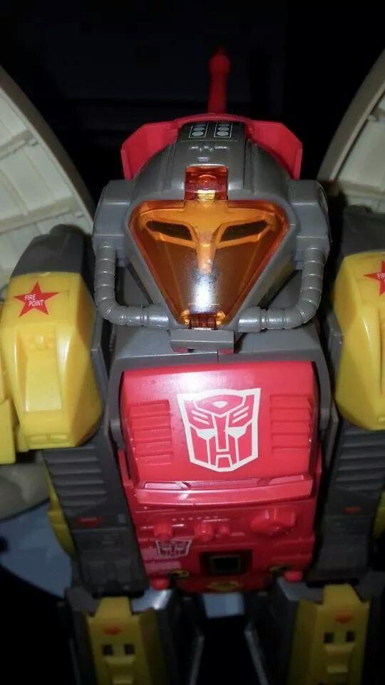 Collection Transformers de sylv1  (AOE, CHUG, TF PRIME, BH, MP, LABELS INDÉS ET G1.. ) Img_1434