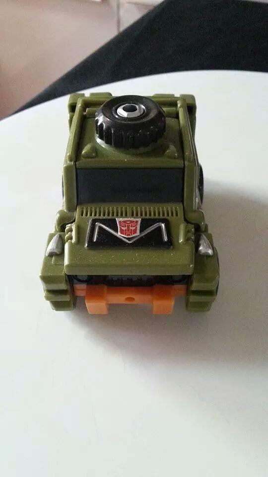 Collection Transformers de sylv1  (AOE, CHUG, TF PRIME, BH, MP, LABELS INDÉS ET G1.. ) Img_1437