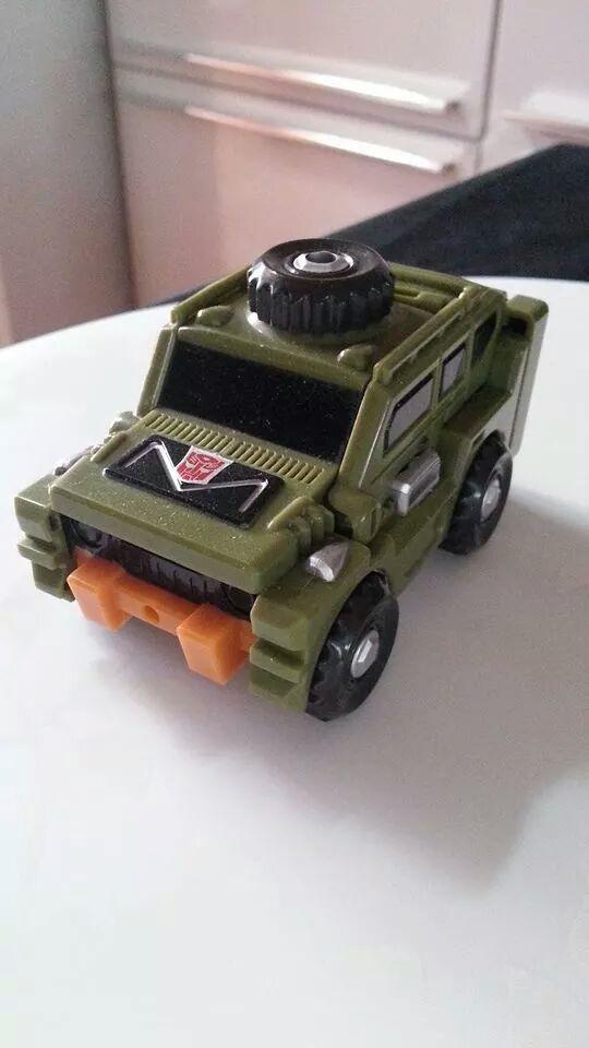 Collection Transformers de sylv1  (AOE, CHUG, TF PRIME, BH, MP, LABELS INDÉS ET G1.. ) Img_1439