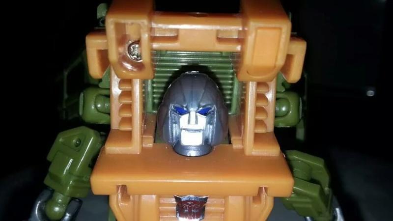 Collection Transformers de sylv1  (AOE, CHUG, TF PRIME, BH, MP, LABELS INDÉS ET G1.. ) Img_1446