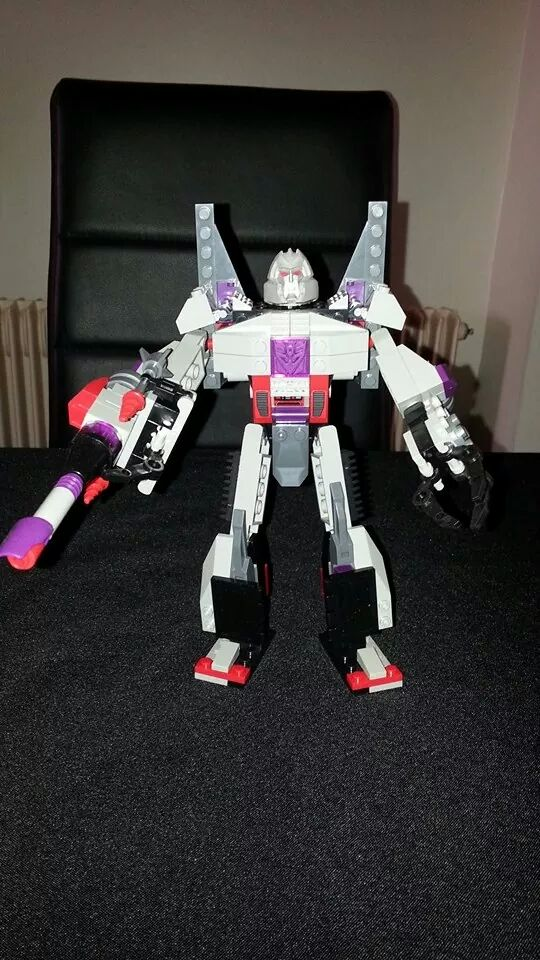 Collection Transformers de sylv1  (AOE, CHUG, TF PRIME, BH, MP, LABELS INDÉS ET G1.. ) Img_1447