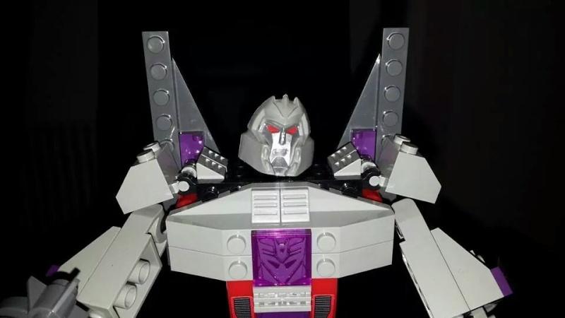 Collection Transformers de sylv1  (AOE, CHUG, TF PRIME, BH, MP, LABELS INDÉS ET G1.. ) Img_1450