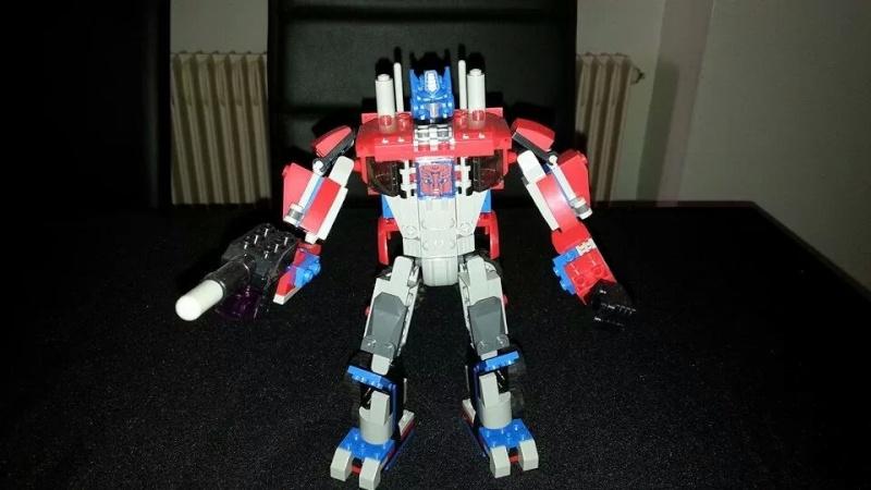 Collection Transformers de sylv1  (AOE, CHUG, TF PRIME, BH, MP, LABELS INDÉS ET G1.. ) Img_1452