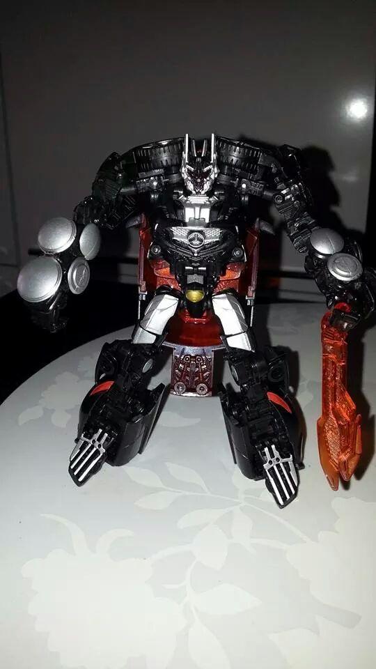 Collection Transformers de sylv1  (AOE, CHUG, TF PRIME, BH, MP, LABELS INDÉS ET G1.. ) Img_1552