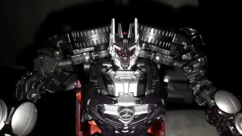 Collection Transformers de sylv1  (AOE, CHUG, TF PRIME, BH, MP, LABELS INDÉS ET G1.. ) Img_1556