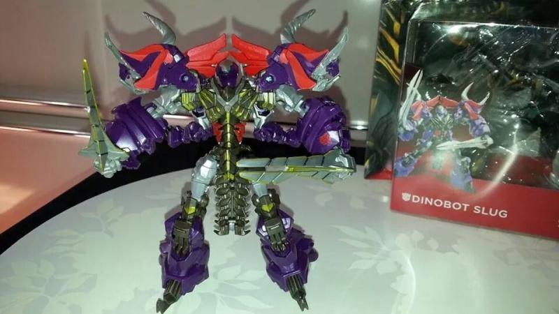 Collection Transformers de sylv1  (AOE, CHUG, TF PRIME, BH, MP, LABELS INDÉS ET G1.. ) Img_1563