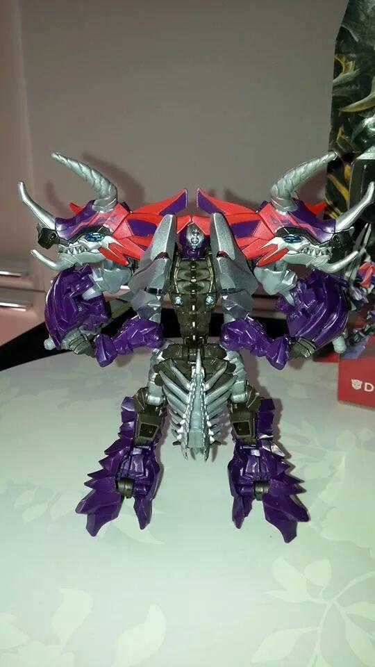 Collection Transformers de sylv1  (AOE, CHUG, TF PRIME, BH, MP, LABELS INDÉS ET G1.. ) Img_1565