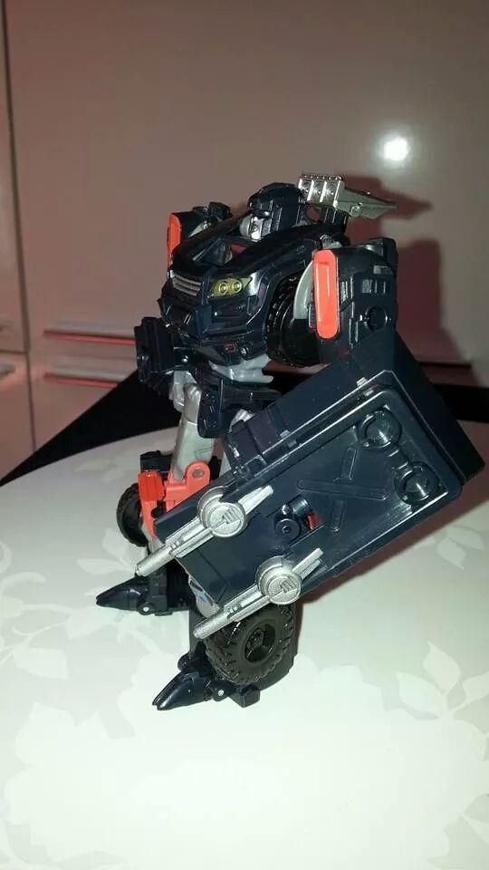 Collection Transformers de sylv1  (AOE, CHUG, TF PRIME, BH, MP, LABELS INDÉS ET G1.. ) Img_1575
