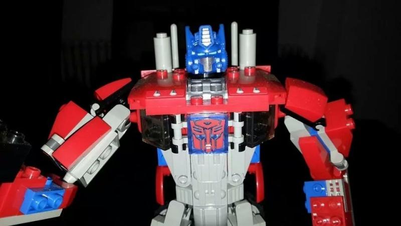 Collection Transformers de sylv1  (AOE, CHUG, TF PRIME, BH, MP, LABELS INDÉS ET G1.. ) Img_1578