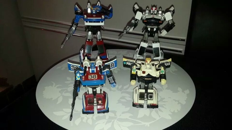Collection Transformers de sylv1  (AOE, CHUG, TF PRIME, BH, MP, LABELS INDÉS ET G1.. ) Img_1585