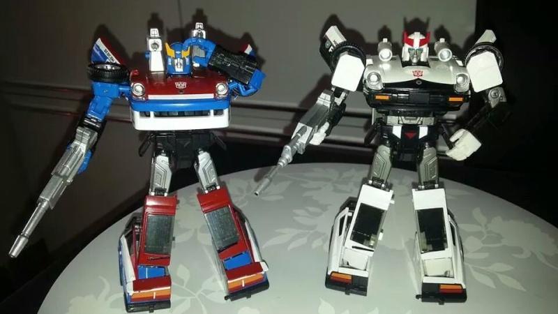 Collection Transformers de sylv1  (AOE, CHUG, TF PRIME, BH, MP, LABELS INDÉS ET G1.. ) Img_1586