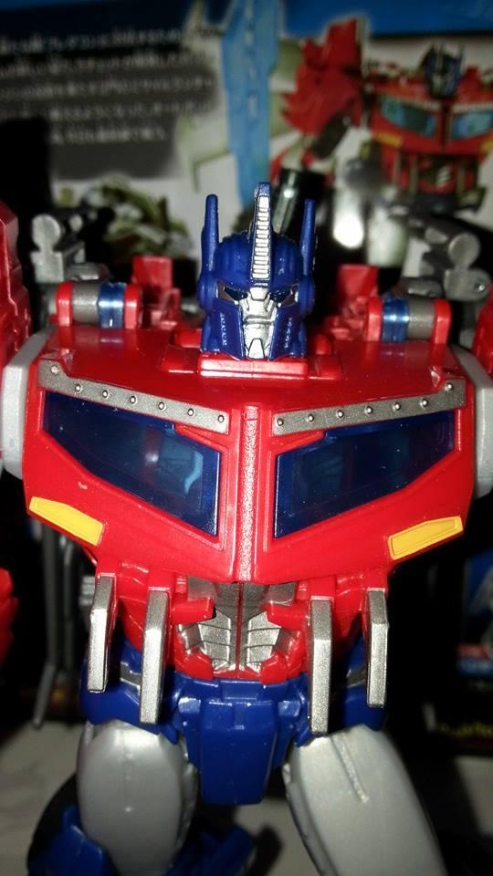 Collection Transformers de sylv1  (AOE, CHUG, TF PRIME, BH, MP, LABELS INDÉS ET G1.. ) Img_1625