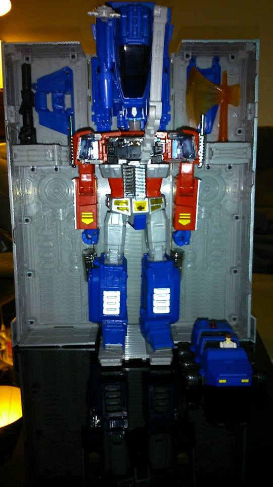 Collection Transformers de sylv1  (AOE, CHUG, TF PRIME, BH, MP, LABELS INDÉS ET G1.. ) Img_1637