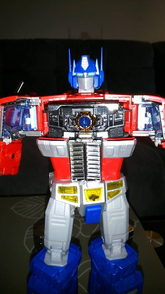 Collection Transformers de sylv1  (AOE, CHUG, TF PRIME, BH, MP, LABELS INDÉS ET G1.. ) Img_1639
