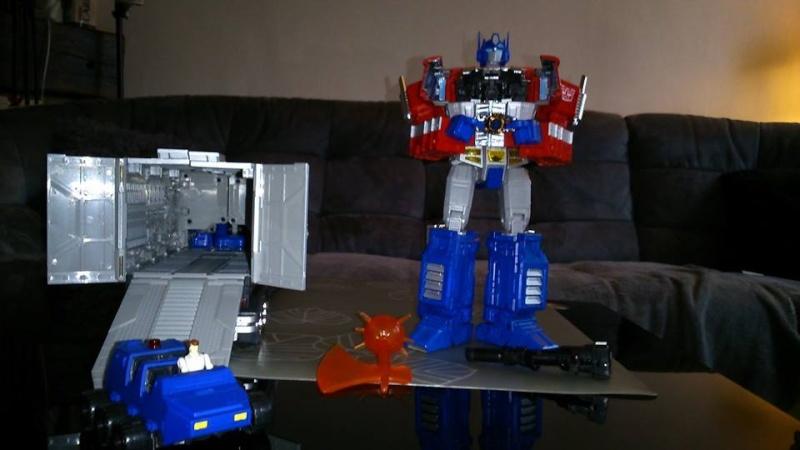 Collection Transformers de sylv1  (AOE, CHUG, TF PRIME, BH, MP, LABELS INDÉS ET G1.. ) Img_1641