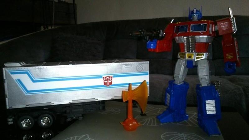 Collection Transformers de sylv1  (AOE, CHUG, TF PRIME, BH, MP, LABELS INDÉS ET G1.. ) Img_1642