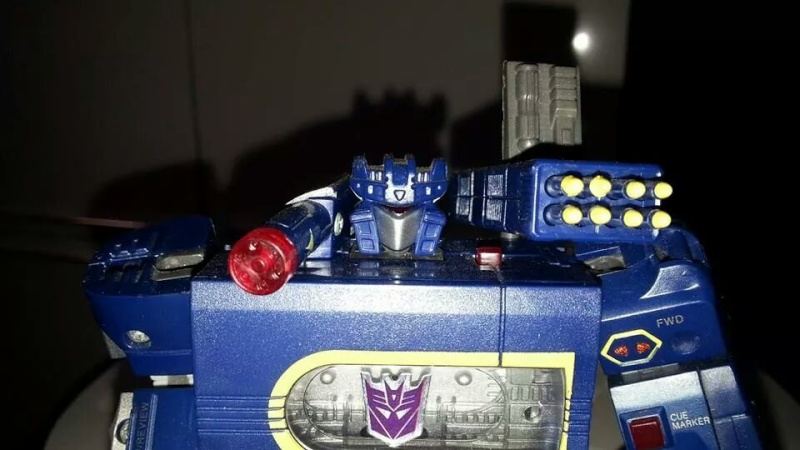 Collection Transformers de sylv1  (AOE, CHUG, TF PRIME, BH, MP, LABELS INDÉS ET G1.. ) Img_1652