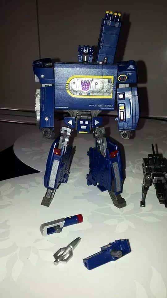 Collection Transformers de sylv1  (AOE, CHUG, TF PRIME, BH, MP, LABELS INDÉS ET G1.. ) Img_1654