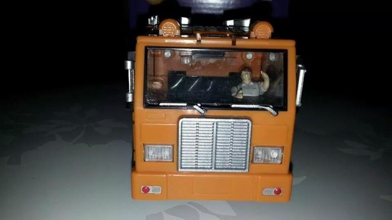 Collection Transformers de sylv1  (AOE, CHUG, TF PRIME, BH, MP, LABELS INDÉS ET G1.. ) Img_1714