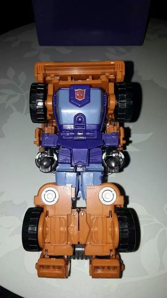 Collection Transformers de sylv1  (AOE, CHUG, TF PRIME, BH, MP, LABELS INDÉS ET G1.. ) Img_1718