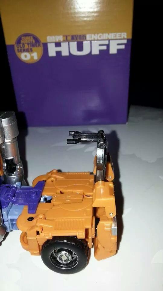 Collection Transformers de sylv1  (AOE, CHUG, TF PRIME, BH, MP, LABELS INDÉS ET G1.. ) Img_1721