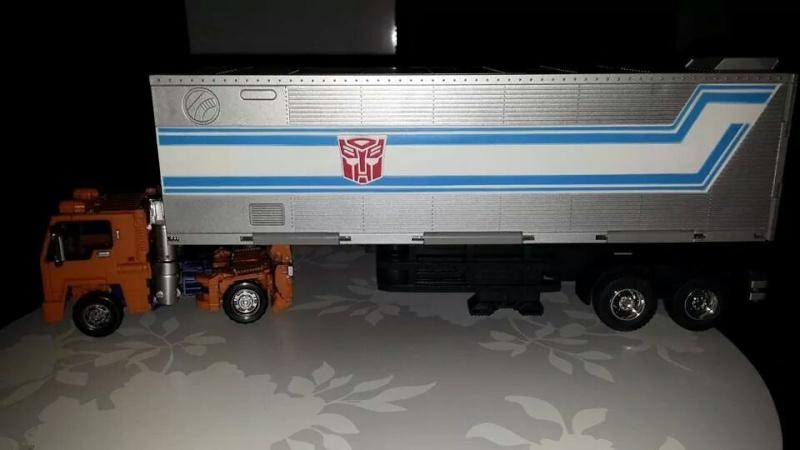 Collection Transformers de sylv1  (AOE, CHUG, TF PRIME, BH, MP, LABELS INDÉS ET G1.. ) Img_1724