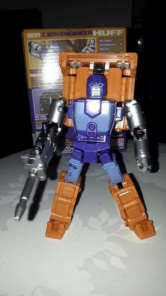 Collection Transformers de sylv1  (AOE, CHUG, TF PRIME, BH, MP, LABELS INDÉS ET G1.. ) Img_1725