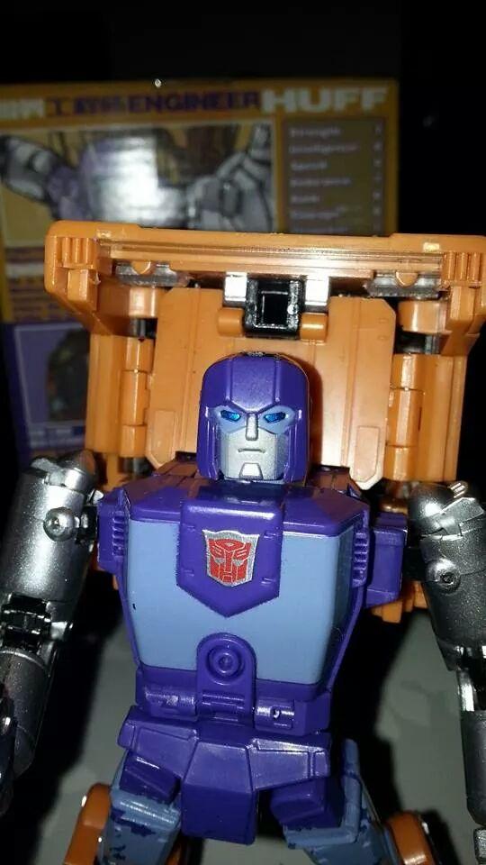 Collection Transformers de sylv1  (AOE, CHUG, TF PRIME, BH, MP, LABELS INDÉS ET G1.. ) Img_1726