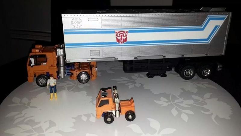 Collection Transformers de sylv1  (AOE, CHUG, TF PRIME, BH, MP, LABELS INDÉS ET G1.. ) Img_1730