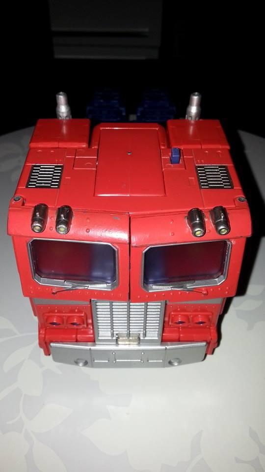 Collection Transformers de sylv1  (AOE, CHUG, TF PRIME, BH, MP, LABELS INDÉS ET G1.. ) Img_1732