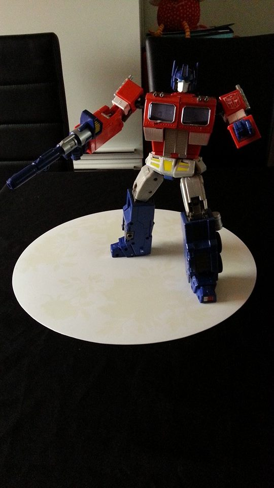 Collection Transformers de sylv1  (AOE, CHUG, TF PRIME, BH, MP, LABELS INDÉS ET G1.. ) Img_1736